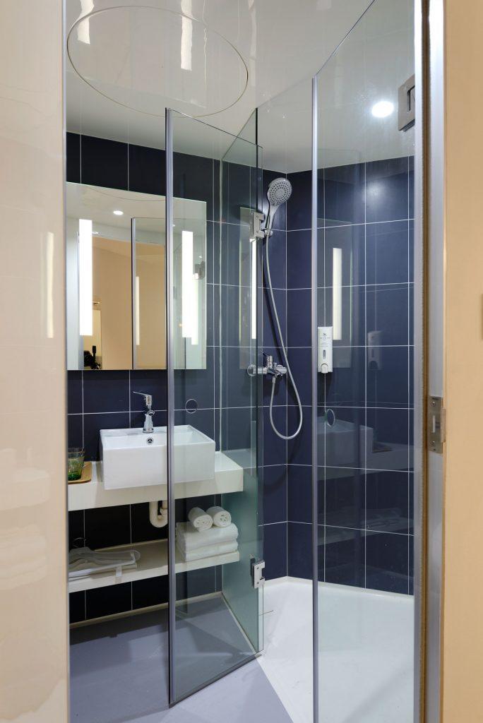 баня, душ кабина